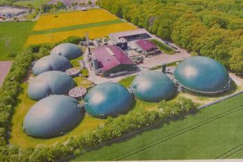 Besichtigung der Kreuzbuchen Kuppeln Otterstedt. Biogasanlage Benas.